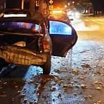 В Великом Новгороде разыскивают водителя, скрывшегося с места ДТП с пострадавшими