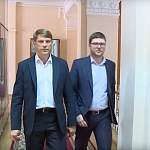 Игорь Свинцов представил документы в избирком Новгородской области