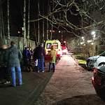 В Великом Новгороде жильцов эвакуировали на улицу из-за угрозы соседа взорвать дом