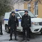 В Старой Руссе полицейские спасли девушку из ледяной воды