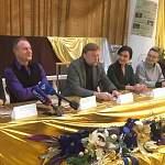 Актёры легендарного МХАТа рассказали о представленных в Великом Новгороде спектаклях и многом другом