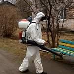 Фотофакт: в Любытинском районе проводят дезинфекцию