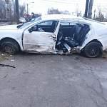 Сегодня ночью в Великом Новгороде в ДТП погиб человек. Трое пострадали