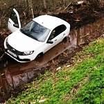 В Маловишерском районе мужчина умер за рулём от сердечного приступа