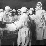 Сегодня в Боровичах вспоминают сестёр милосердия времен Великой Отечественной войны