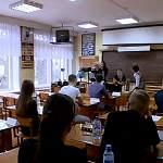 Новгородским выпускникам разрешат готовиться к ЕГЭ с педагогами в школах