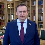 Андрей Никитин поздравил боровичан с юбилеем города