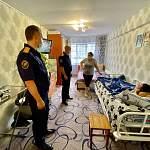 Александр Быстрыкин проникся историей ребёнка-инвалида, которому помогают новгородские следователи