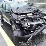 В Новгородской области водитель уснул за рулём и врезался в грузовик. Пострадал ребёнок
