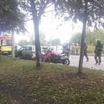 На Октябрьской улице столкнулись ВАЗ и «Мазда». Виновник ДТП попал в больницу