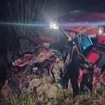 В Окуловском районе водитель легковушки погиб в лобовом столкновении с грузовиком