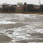 Великий Новгород встретил ледоход