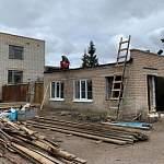 У старорусского «Дружка» теперь есть крыша… На ветеринарном кабинете