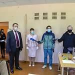 Андрей Никитин посетил пункт проведения ЕГЭ