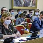 Окуловскую ЦРБ начали «отмывать» от коронавируса