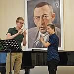В Великом Новгороде на флейте исполнили два каприса Паганини