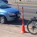 В Великом Новгороде «неуступчивая» женщина-водитель отправила в больницу пожилого велосипедиста